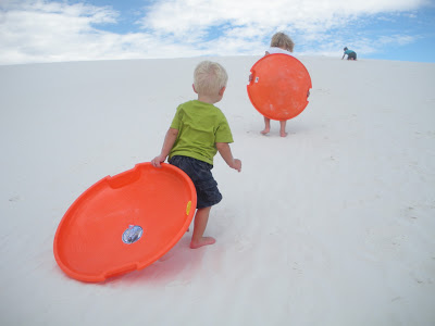 white sands national monument with kids