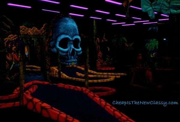 Magiquest and Pirate Black Light Golf in Pigeon Forge TN #sponsored